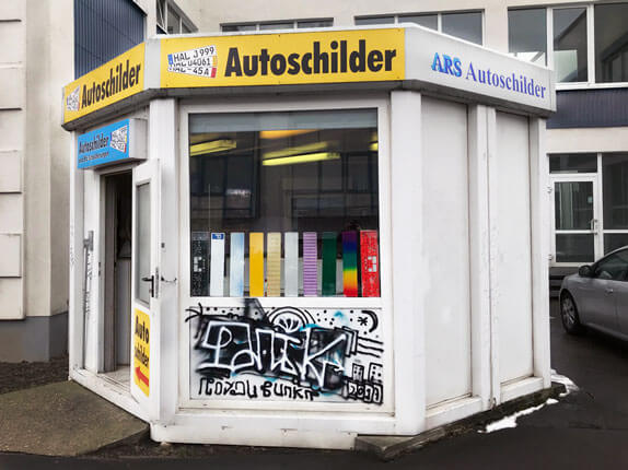 Schilderpartner für Autoschilder in Halle