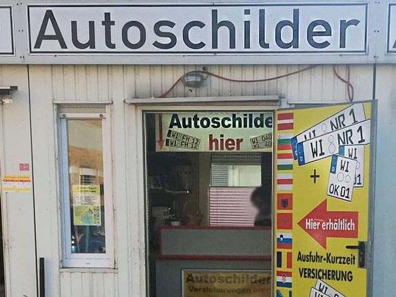 Schilderpartner für Autoschilder in Wiesbaden