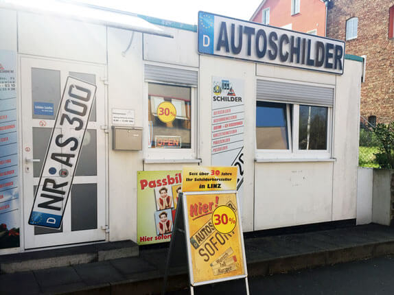 Schilderpartner für Autoschilder in Linz