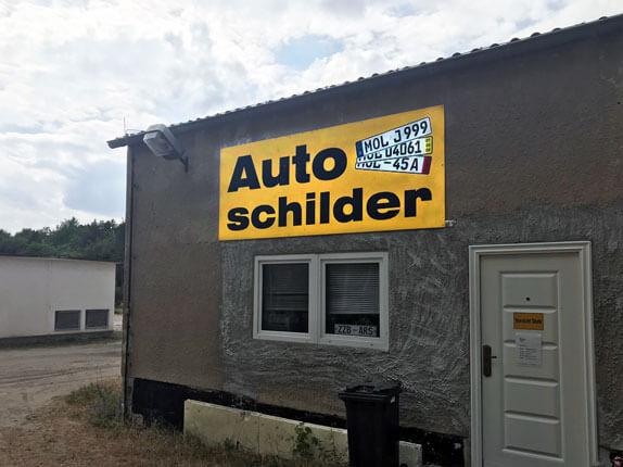 Schilderpartner für Autoschilder in Strausberg