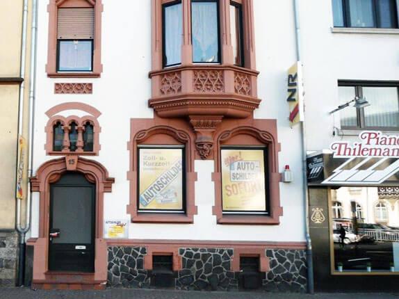 Schilderpartner für Autoschilder in Neuwied