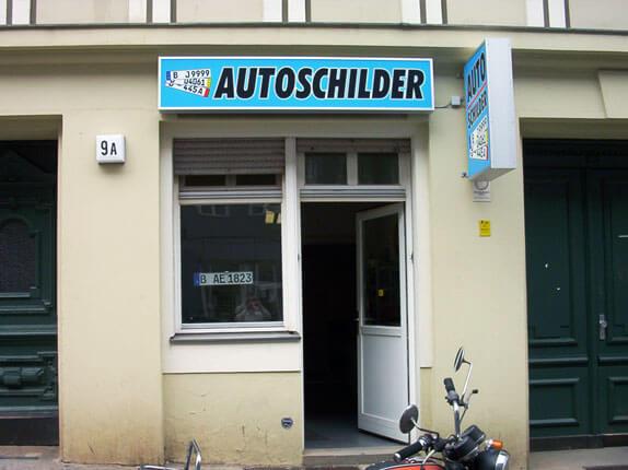 Schilderpartner für Autoschilder in Berlin-West